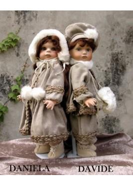 Poupées de Collection David et Daniela,- Hauteur 35 cm