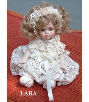 Poupée Porcelaine, Lara