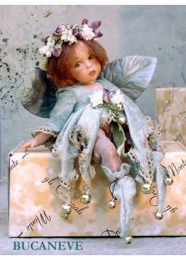 Poupée Fée Bucaneve - Poupée fée en porcelaine de 24 cm