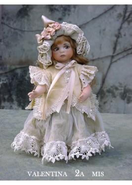 Poupée de Collection Valentina - Hauteur 18 cm